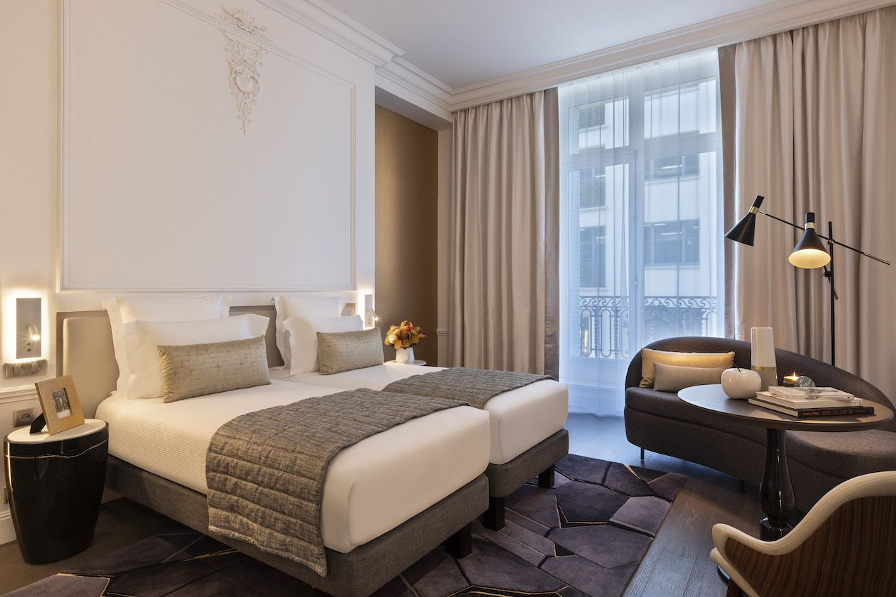 1565006610 58 luxurious paris hotel pays homage to history in a luxurious way - Luxurious Paris Hotel Pays Homage to History In a Luxurious Way