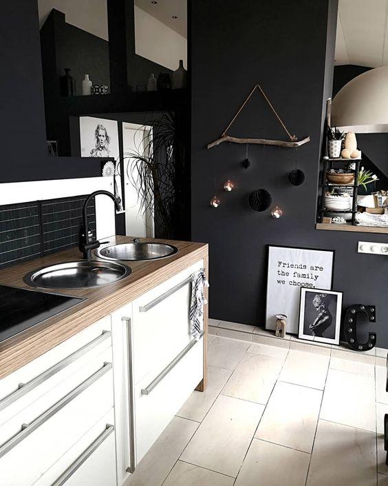 black color kitchen wall paint idea