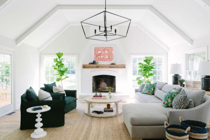 1565196427 184 interiors that feels like home - Interiors That Feels Like Home