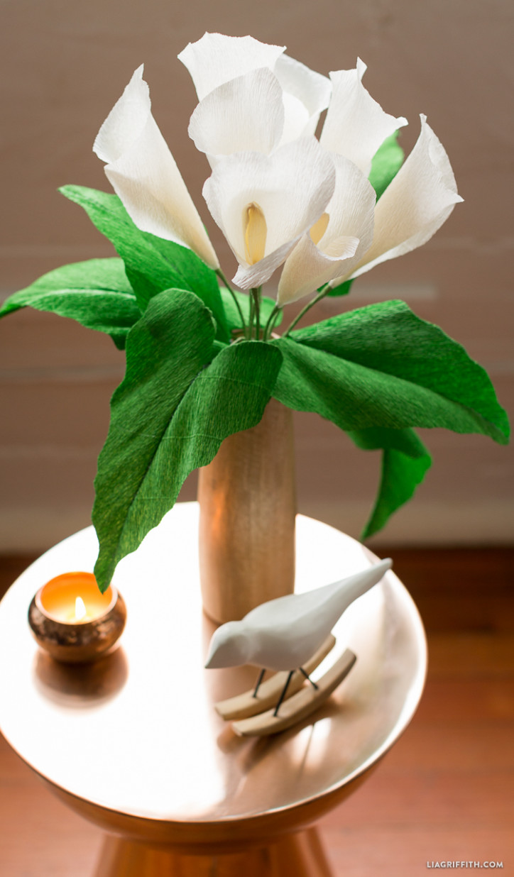1565617262 274 diy paper flowers and how to decorate your home with them - DIY Paper Flowers and How To Decorate Your Home With Them