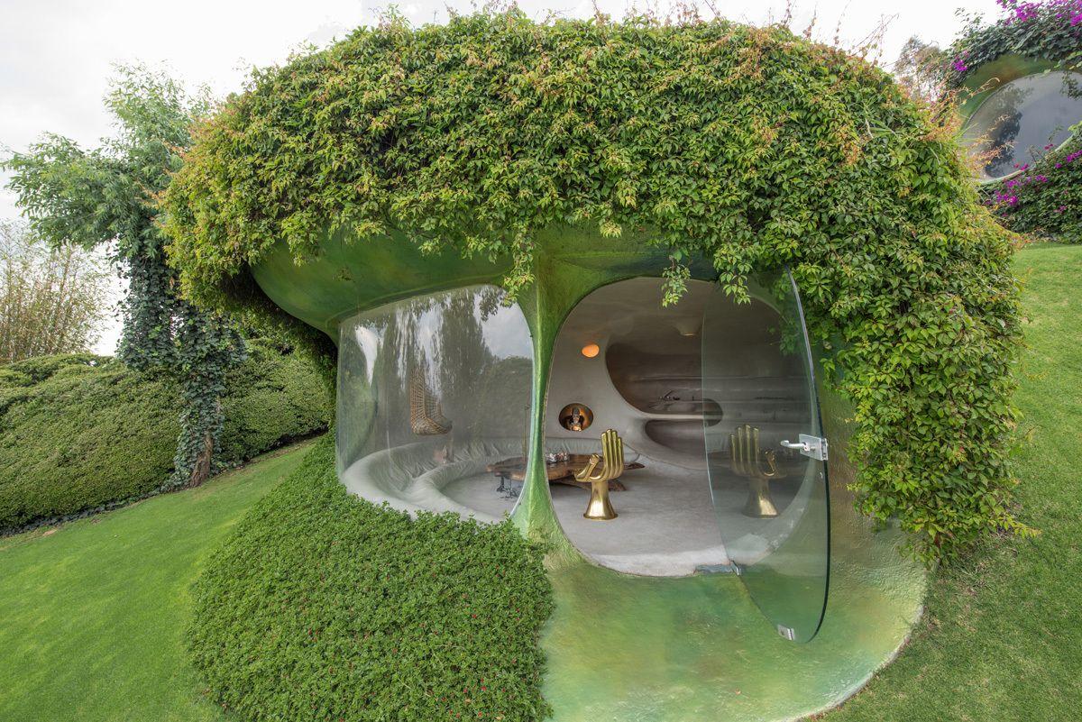 1565683552 197 organic underground house shaped like a peanut - Organic Underground House Shaped Like A Peanut
