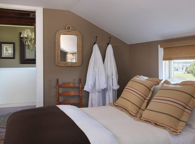 1566390305 846 update your guest room to make it super welcoming - Update Your Guest Room To Make it Super Welcoming