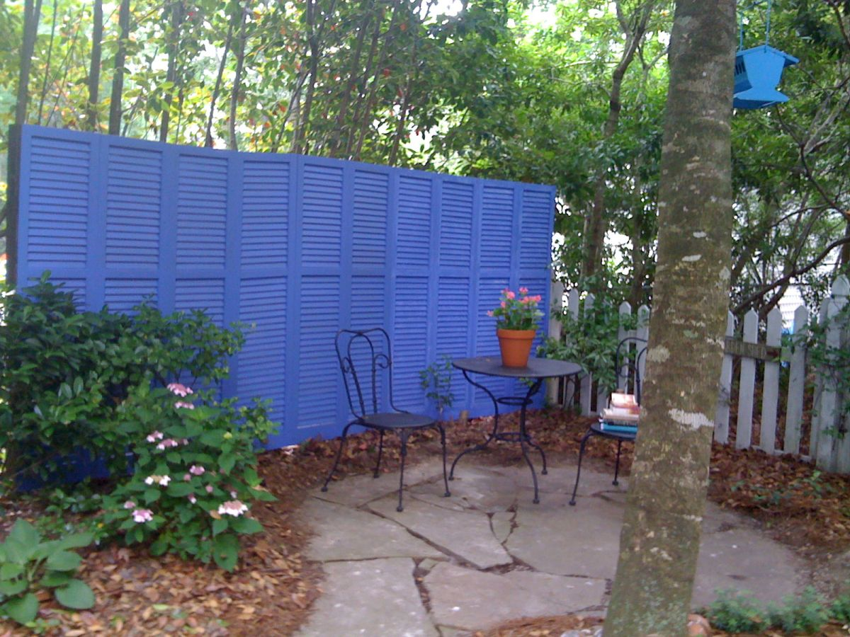 1566477702 638 10 simple fence ideas for those who love to do things themselves - 10 Simple Fence Ideas For Those Who Love To Do Things Themselves