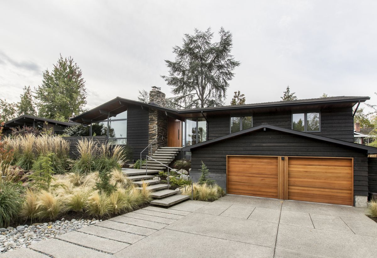 1566561541 115 dont want a typical american house look at these very different home designs - Don't Want a Typical American House? Look at These Very Different Home Designs