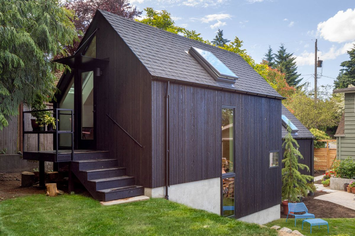 1566561545 327 dont want a typical american house look at these very different home designs - Don't Want a Typical American House? Look at These Very Different Home Designs