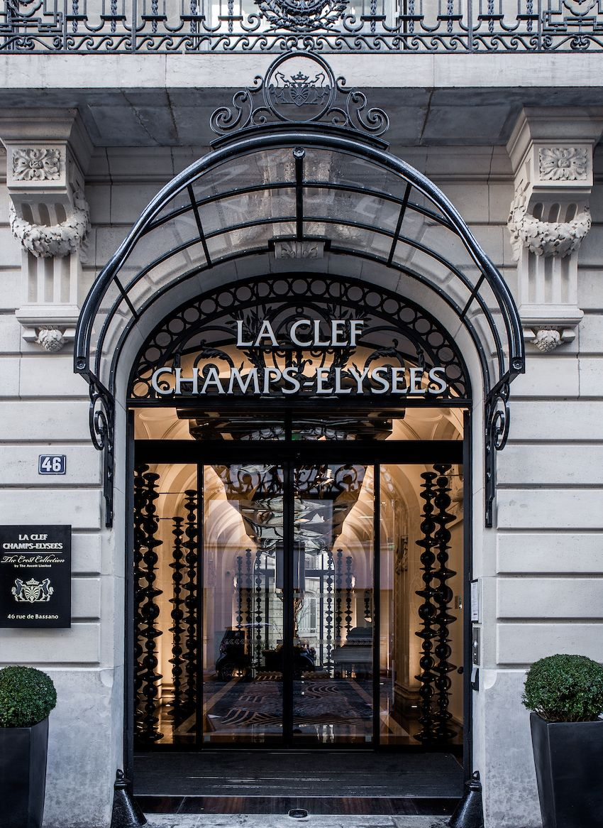 luxurious paris hotel pays homage to history in a luxurious way - Luxurious Paris Hotel Pays Homage to History In a Luxurious Way
