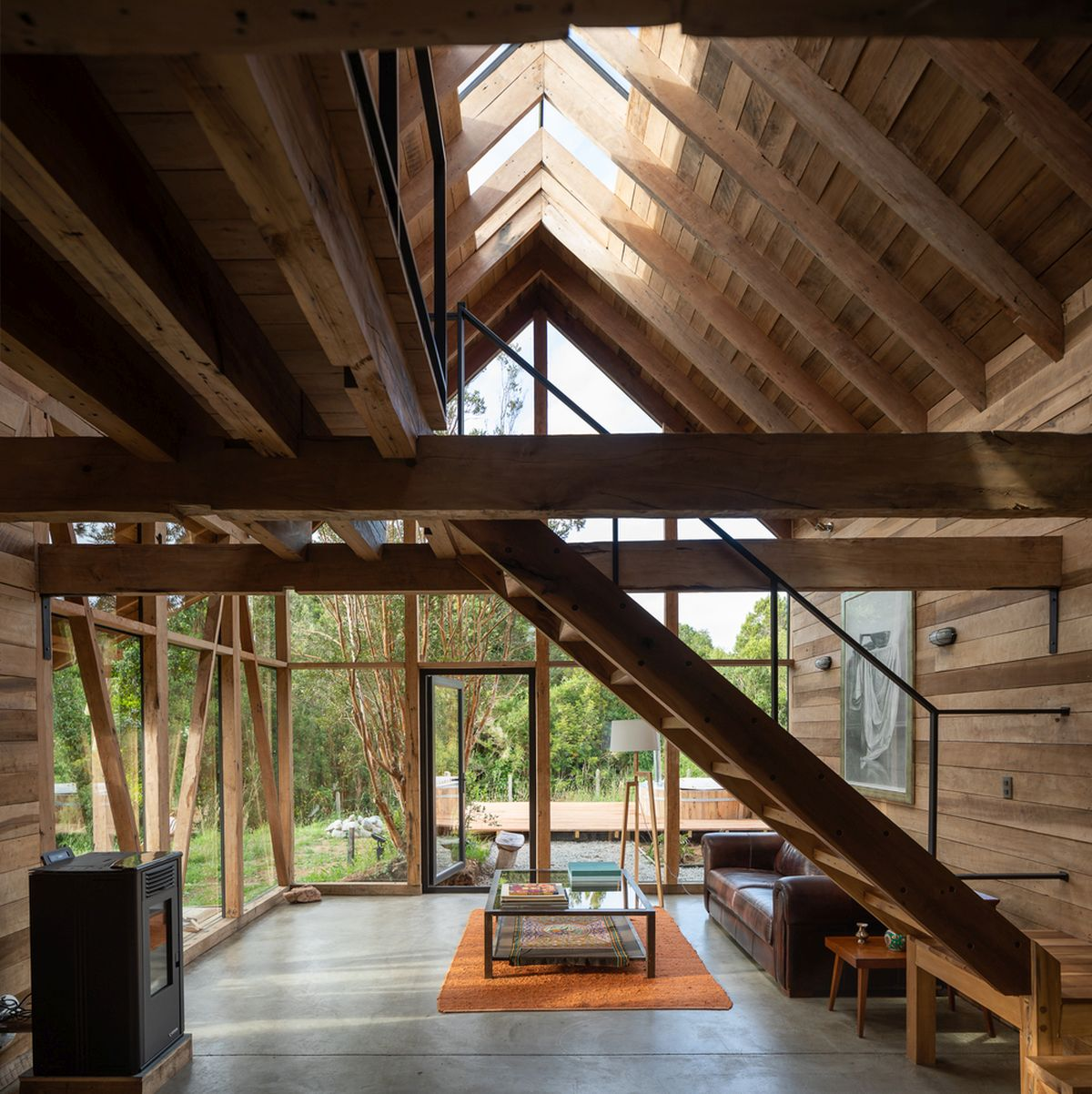 1567410253 489 modern lodge disguised as traditional using wooden shingles - Modern Lodge Disguised As Traditional Using Wooden Shingles