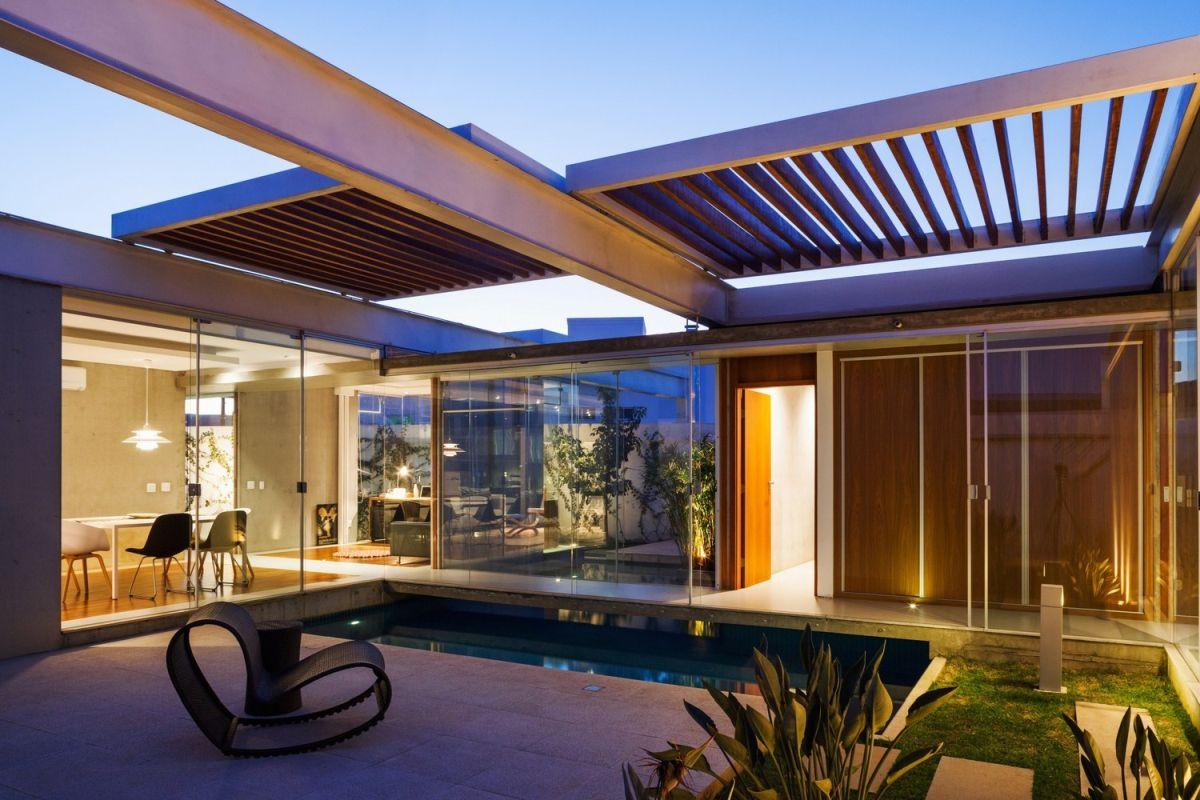 1567587287 149 beautiful houses with modern pergola extensions - Beautiful Houses With Modern Pergola Extensions