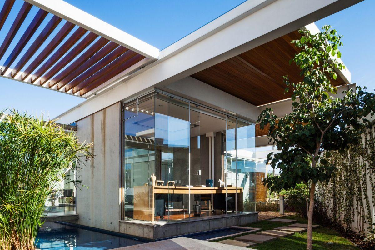 1567587287 502 beautiful houses with modern pergola extensions - Beautiful Houses With Modern Pergola Extensions