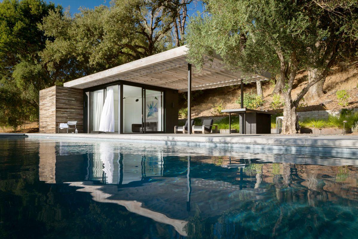 1567587287 801 beautiful houses with modern pergola extensions - Beautiful Houses With Modern Pergola Extensions