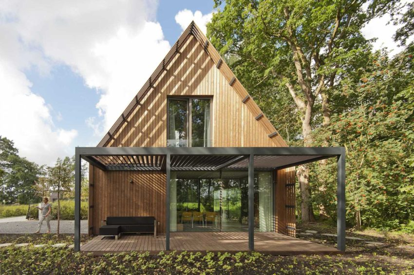 1567587288 557 beautiful houses with modern pergola extensions - Beautiful Houses With Modern Pergola Extensions