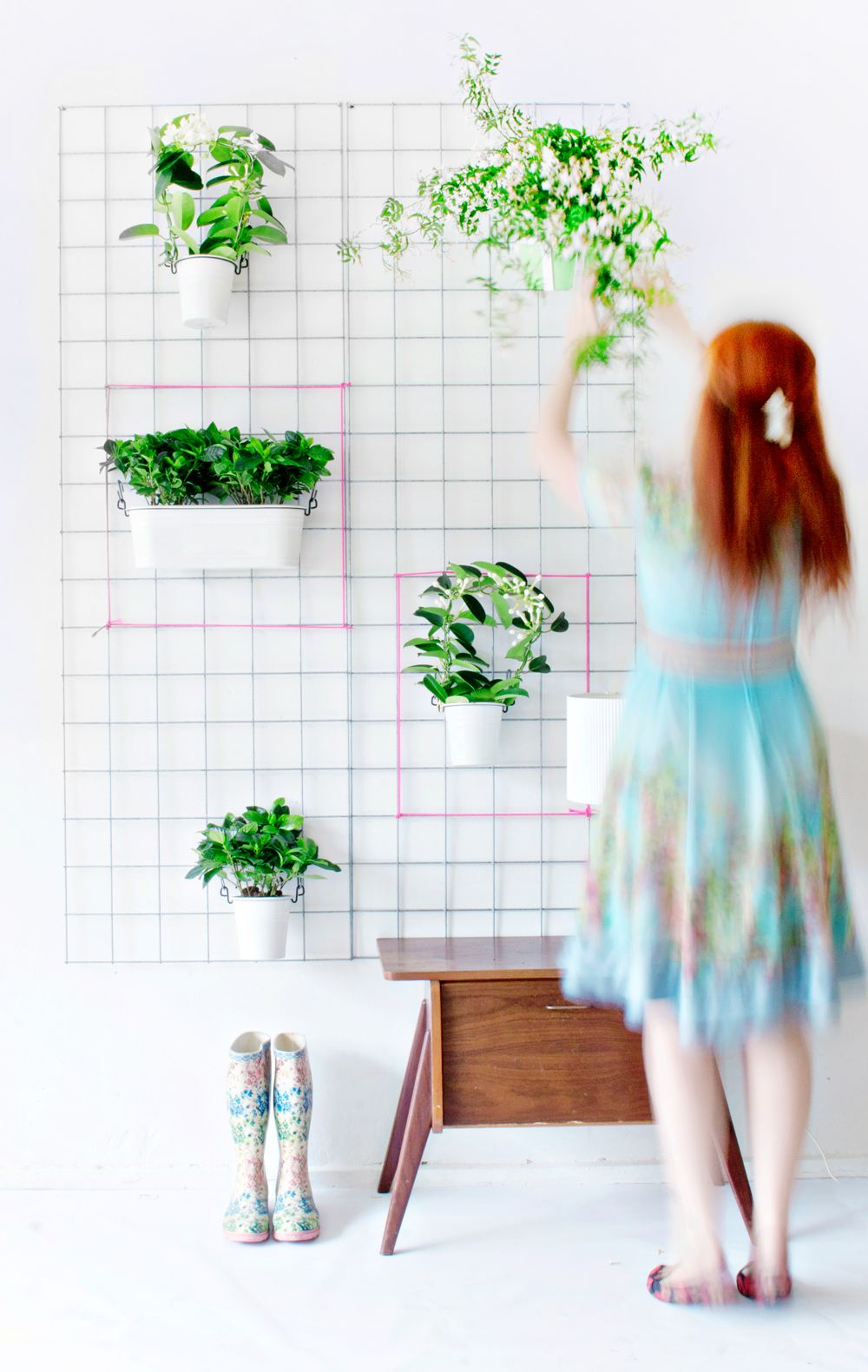 1567594061 863 15 stylish ways to make a hanging wall vase or planter - 15 Stylish Ways To Make A Hanging Wall Vase Or Planter