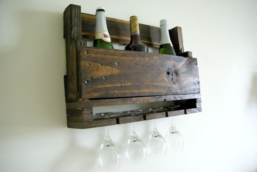 1567755534 429 clever pallet project ideas for every room - Clever Pallet Project Ideas For Every Room