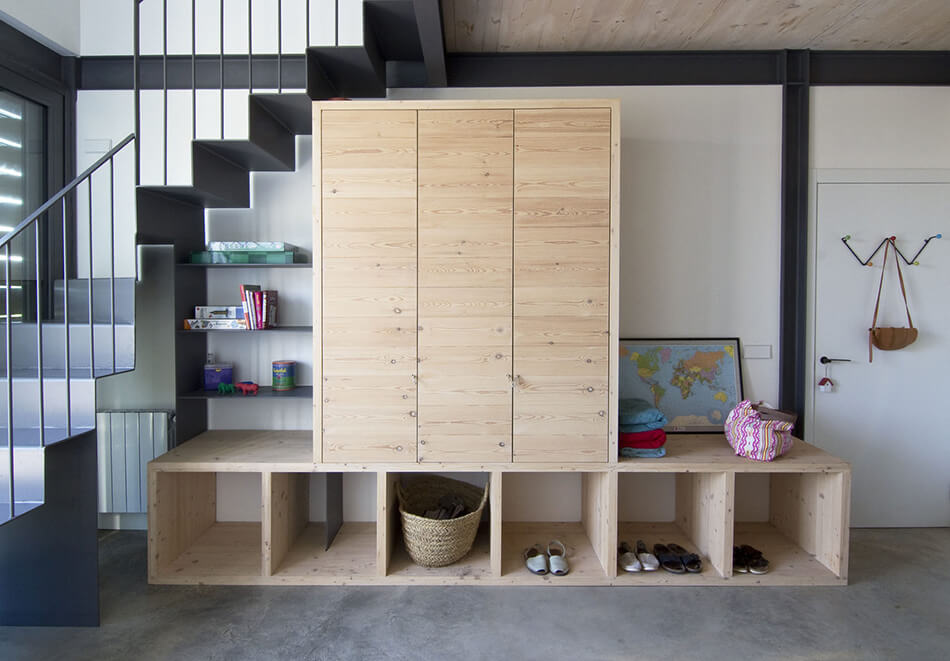 1568121740 267 25 inspiring mudroom ideas for every home and style - 25 Inspiring Mudroom Ideas For Every Home And Style