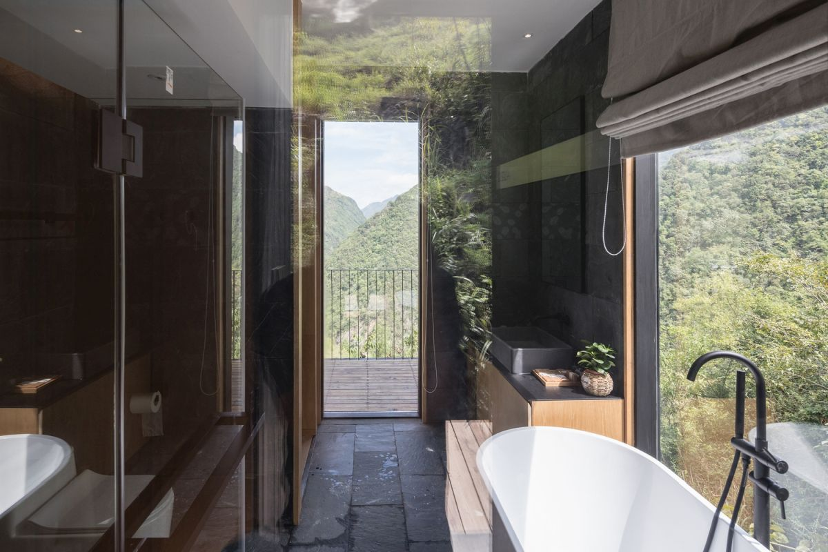 1568373562 166 10 wonderful hotel cabins that reconnect us with nature - 10 Wonderful Hotel Cabins That Reconnect Us With Nature
