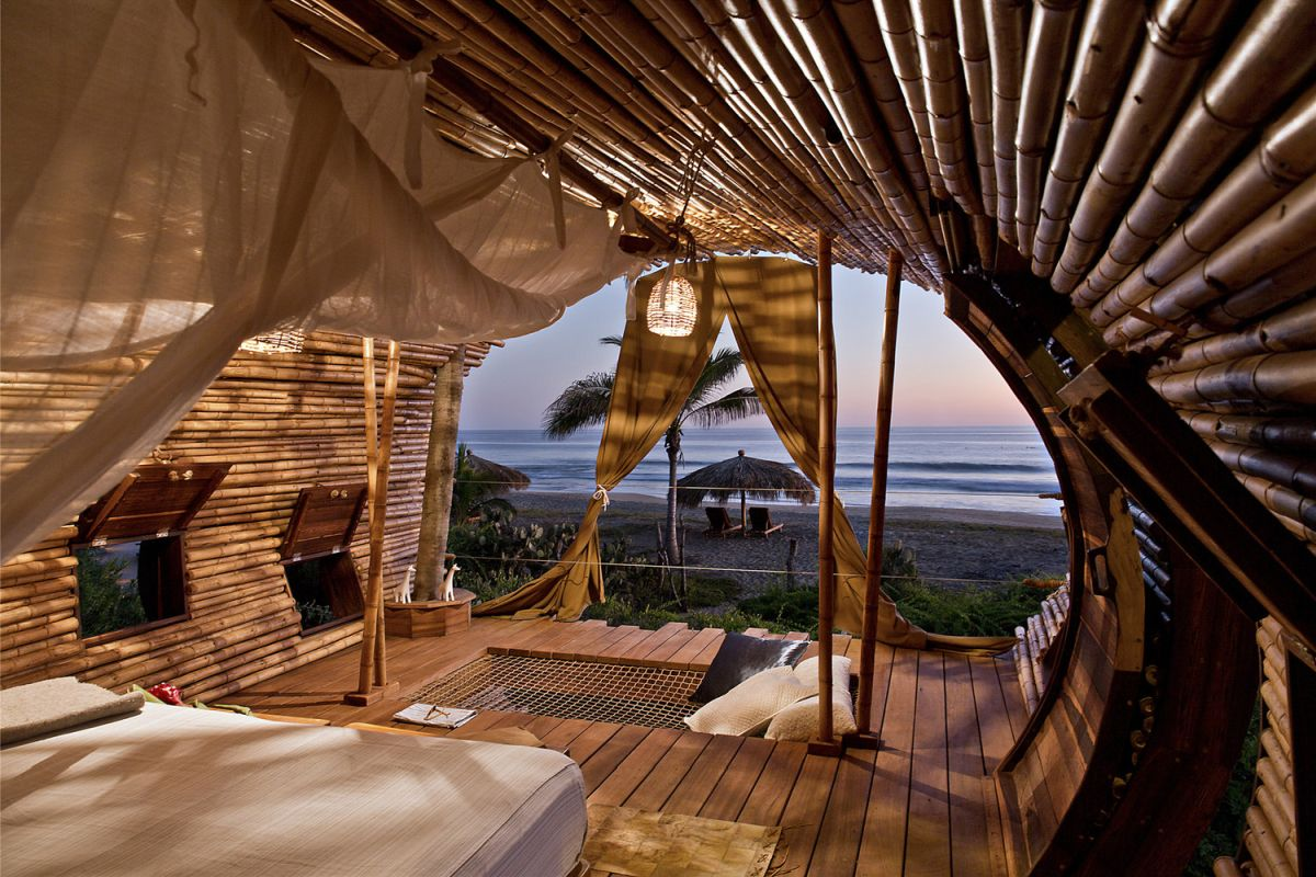 1568373562 287 10 wonderful hotel cabins that reconnect us with nature - 10 Wonderful Hotel Cabins That Reconnect Us With Nature