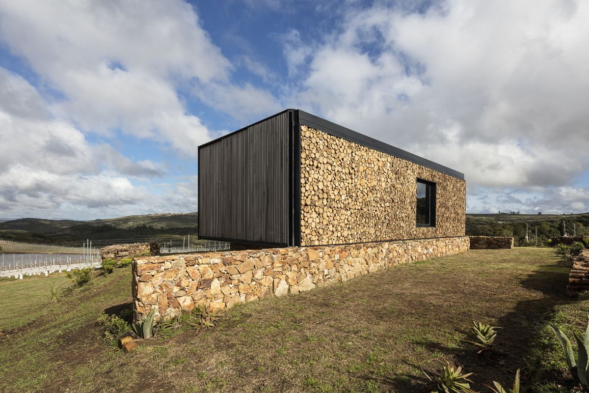 1568373567 64 10 wonderful hotel cabins that reconnect us with nature - 10 Wonderful Hotel Cabins That Reconnect Us With Nature