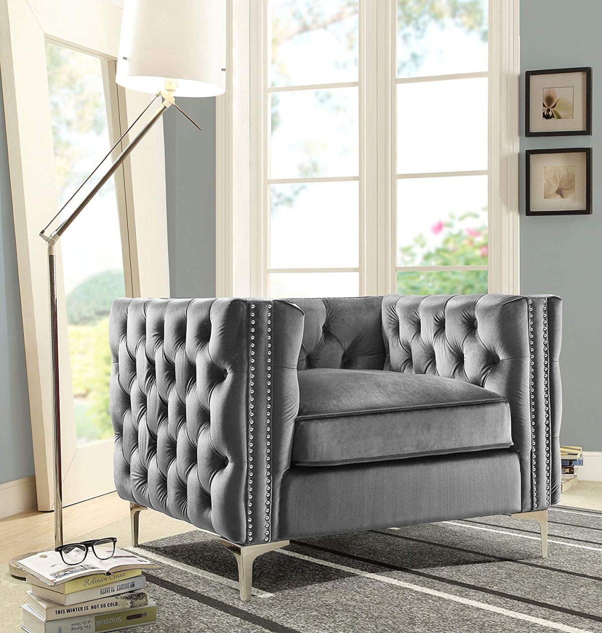 1568726764 533 oversized armchair designs reveal the best seat in the house - Oversized Armchair Designs Reveal The Best Seat In The House