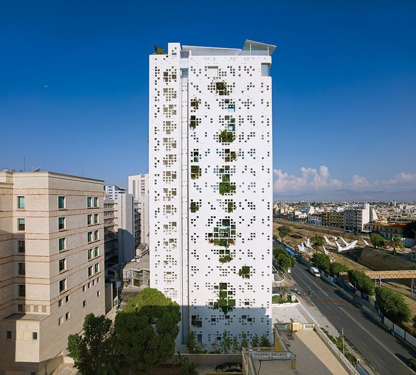 1569316431 907 amazing living facades that take over entire buildings - Amazing Living Facades That Take Over Entire Buildings