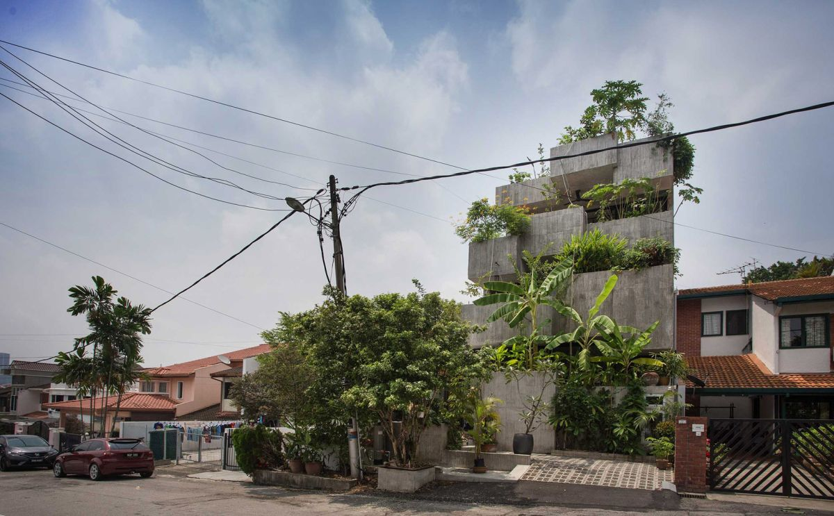 1569316431 945 amazing living facades that take over entire buildings - Amazing Living Facades That Take Over Entire Buildings