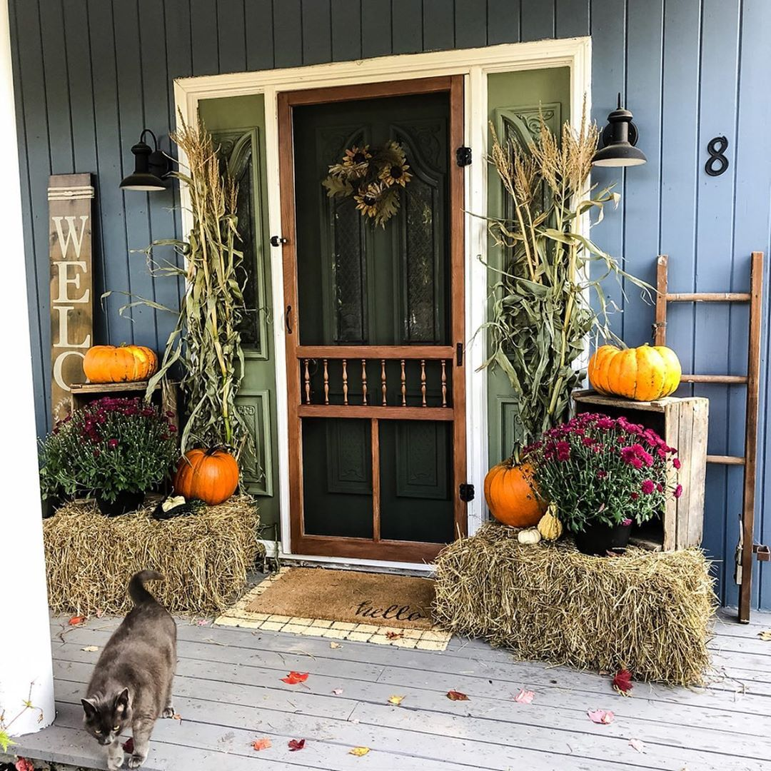 1569404385 362 front porch decor ideas to welcome fall with - Front Porch Decor Ideas To Welcome Fall With