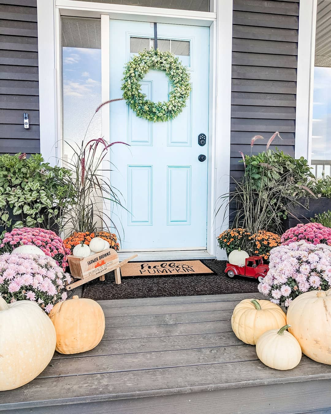 1569404388 585 front porch decor ideas to welcome fall with - Front Porch Decor Ideas To Welcome Fall With