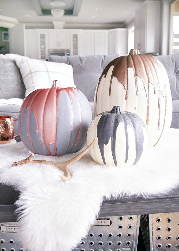 1569497092 681 how to paint pumpkins and turn them into lovely fall decorations - How To Paint Pumpkins And Turn Them Into Lovely Fall Decorations