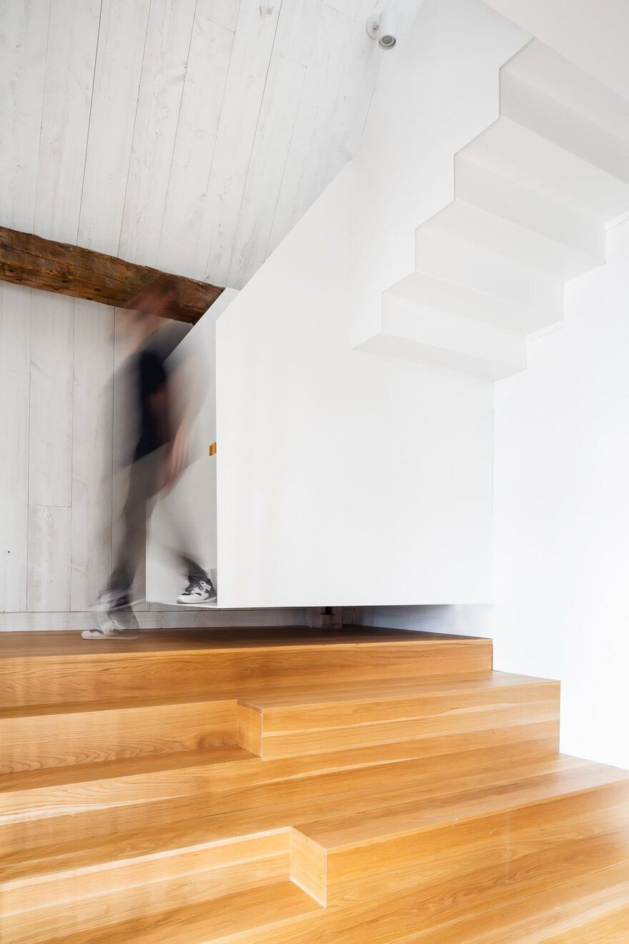1569685973 400 old barn saved from ruin becomes a beautiful modern house - Old Barn Saved From Ruin Becomes a Beautiful Modern House