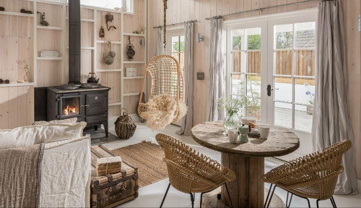 charming cottage 1 - This Queenslander Cottage Celebrates The Natural World