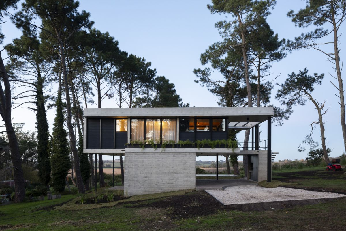 concrete house floats above the argentinian countryside - Concrete House Floats Above The Argentinian Countryside