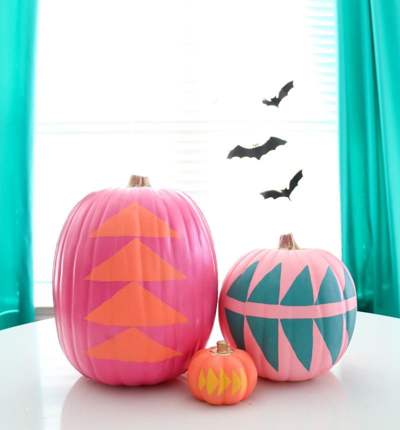 how to paint pumpkins and turn them into lovely fall decorations - How To Paint Pumpkins And Turn Them Into Lovely Fall Decorations