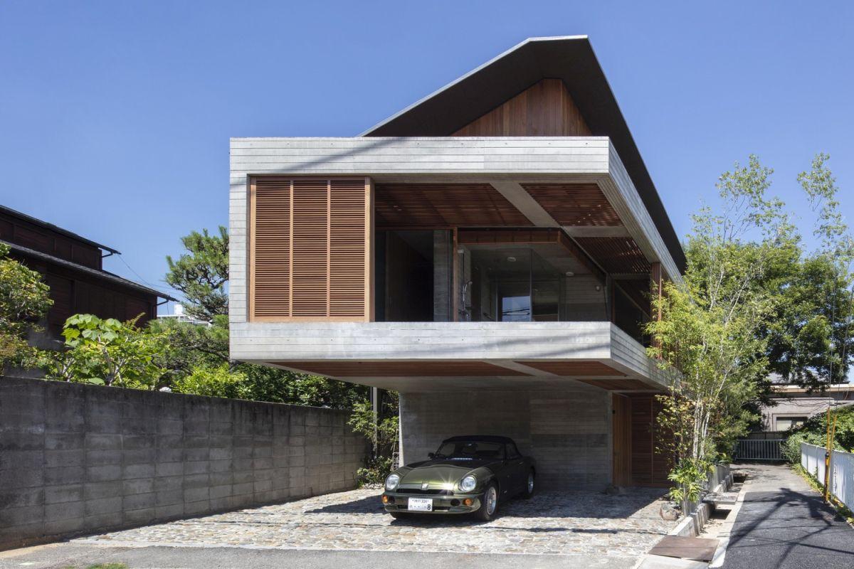 modern japanese house nestled between two rivers - Modern Japanese House Nestled Between Two Rivers