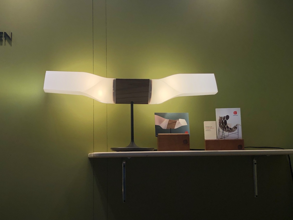 studio yen green wall - Make Life at Home More Refreshing and Tranquil With Yellow-Green Hues