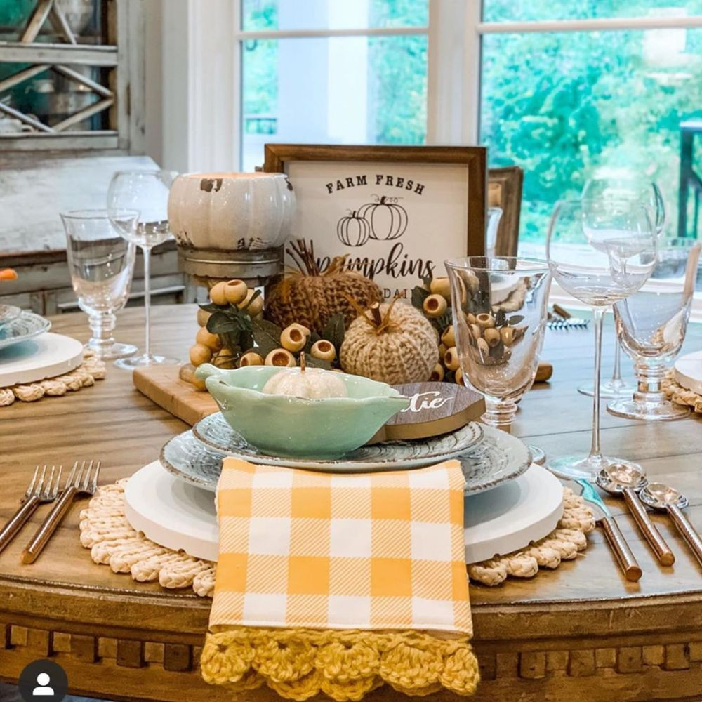 1570190899 387 funky fresh fall tablescapes from instagram - Funky Fresh Fall Tablescapes From Instagram