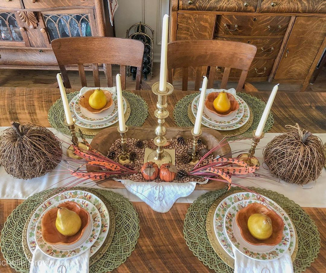 1570190902 45 funky fresh fall tablescapes from instagram - Funky Fresh Fall Tablescapes From Instagram
