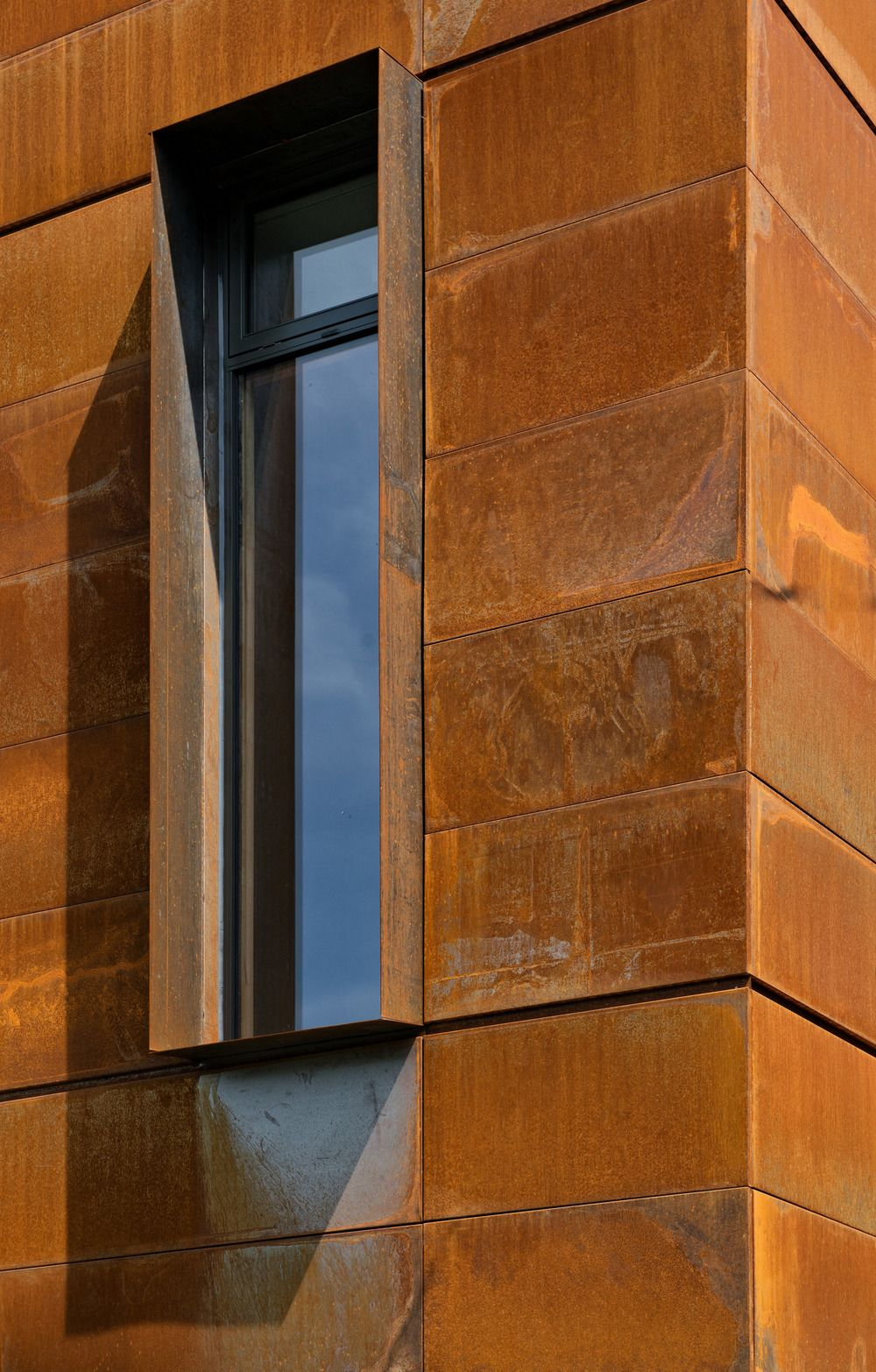 1570520646 801 the wonderful influence of corten steel in architecture - The Wonderful Influence Of Corten Steel In Architecture