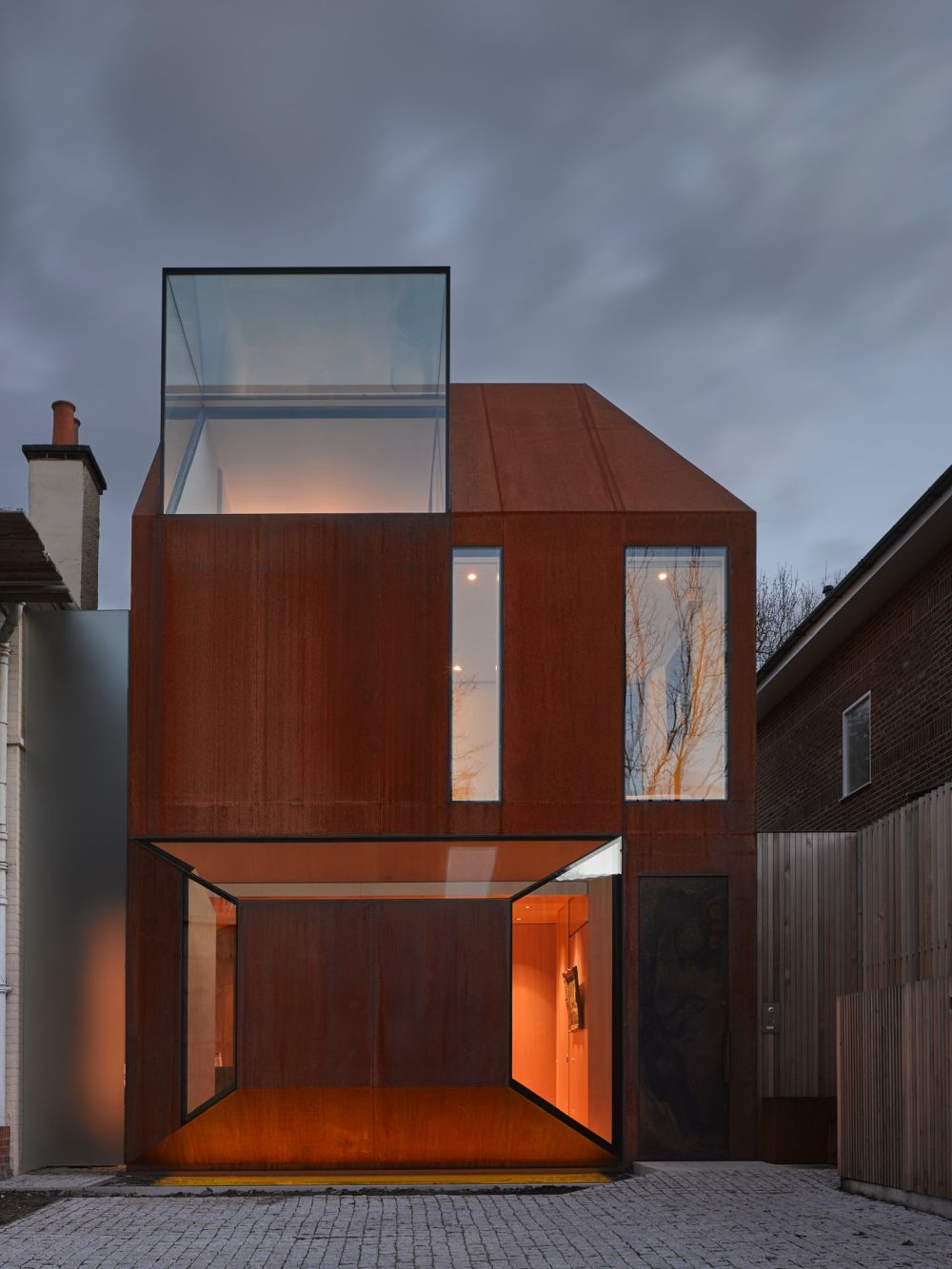 1570520646 989 the wonderful influence of corten steel in architecture - The Wonderful Influence Of Corten Steel In Architecture