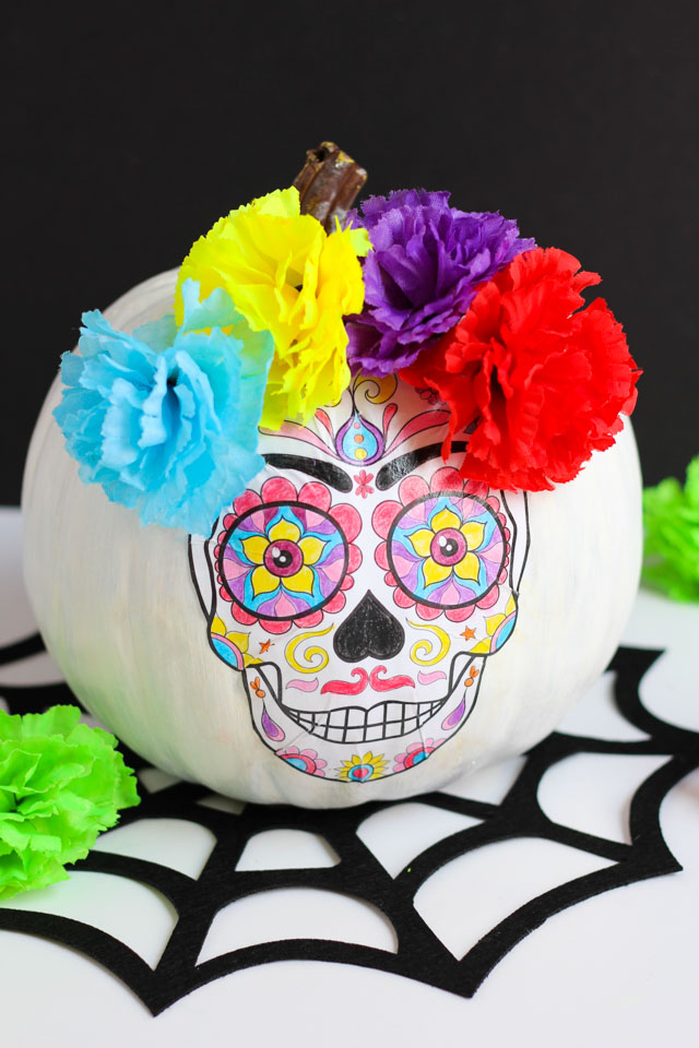1570526991 708 start the spooky season in style with some amazing skull crafts - Start The Spooky Season In Style With Some Amazing Skull Crafts