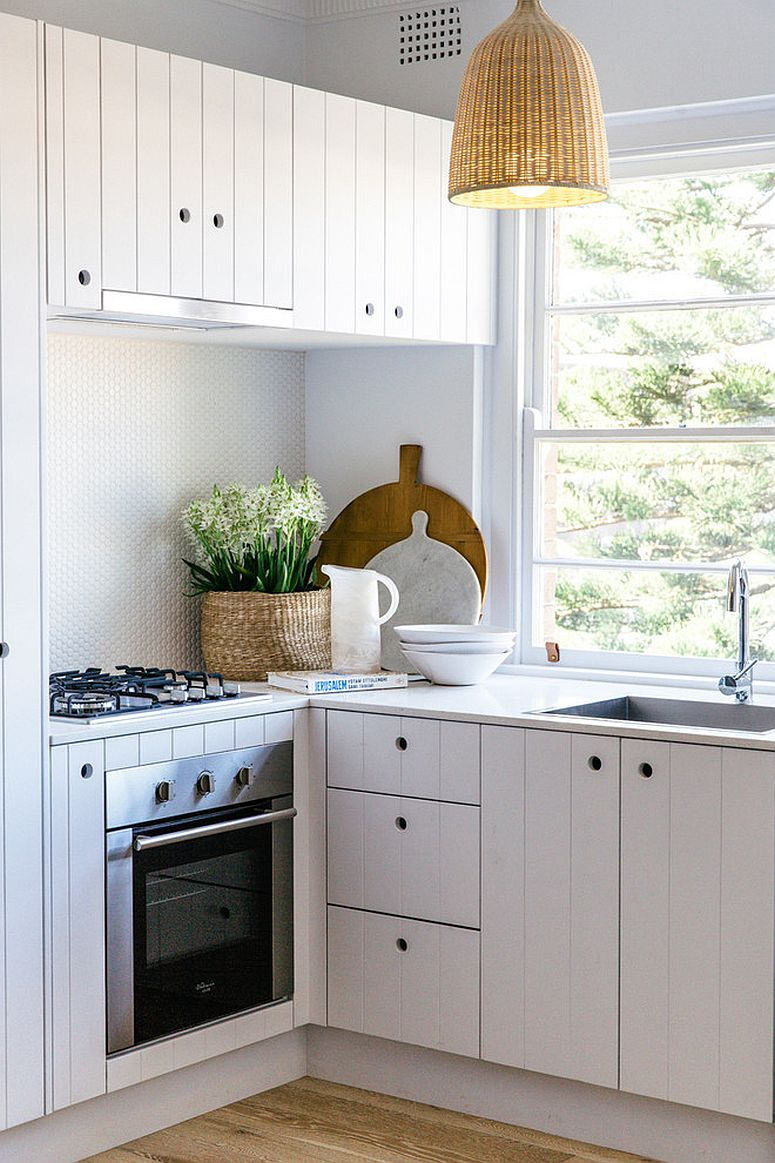 1570614869 384 30 small kitchen lighting ideas that blend form with functionality - 30 Small Kitchen Lighting Ideas that Blend Form with functionality