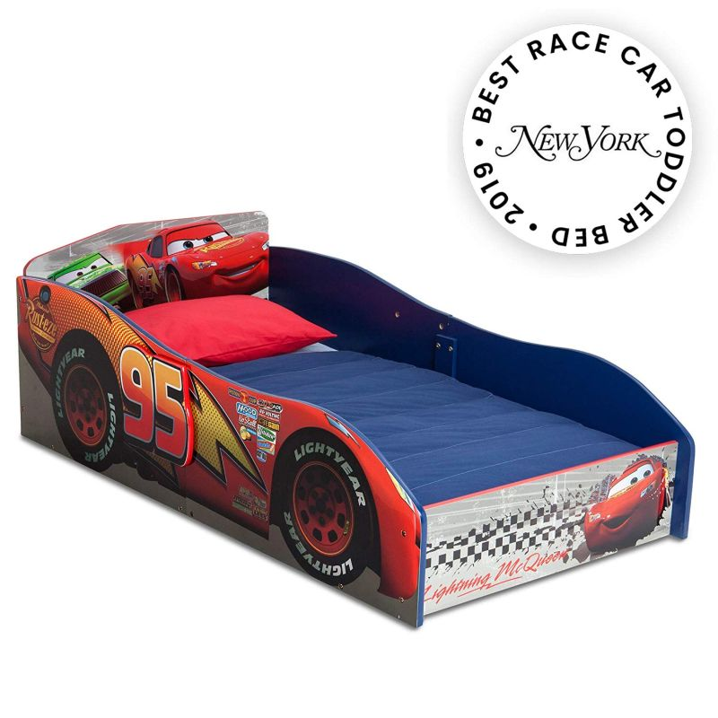 1570619013 947 25 racing car beds for children rooms - 25 Racing Car Beds For Children Rooms