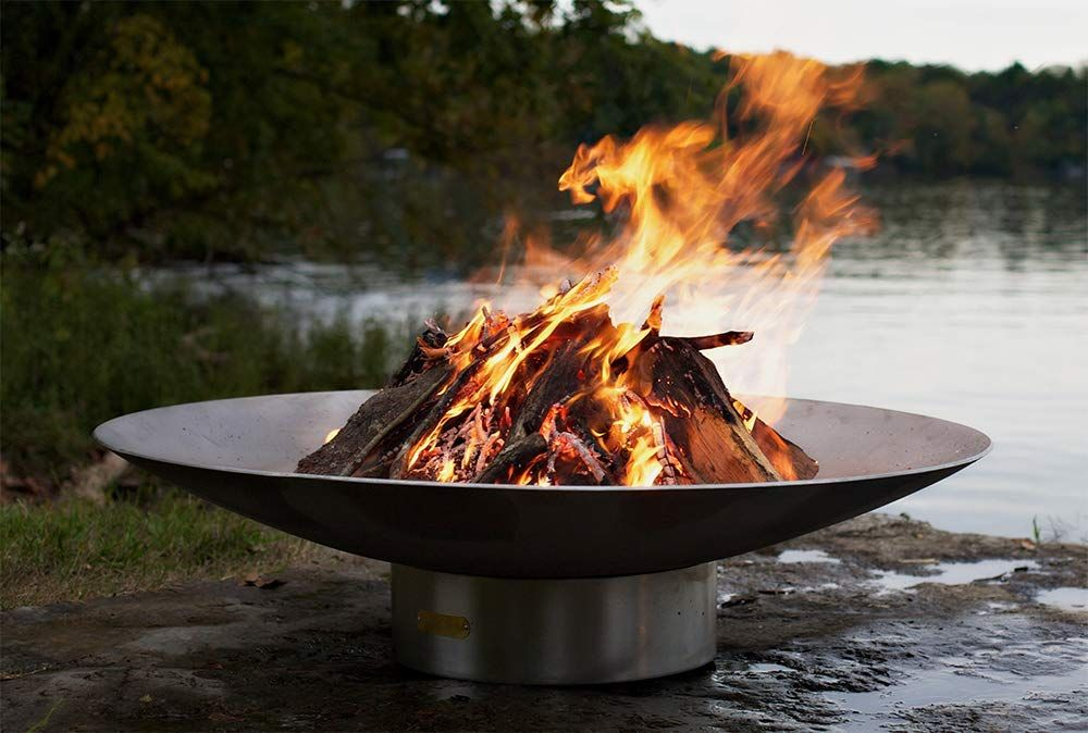1570787787 198 the 12 best fire pits for the perfect outdoor setup - The 12 Best Fire Pits For The Perfect Outdoor Setup