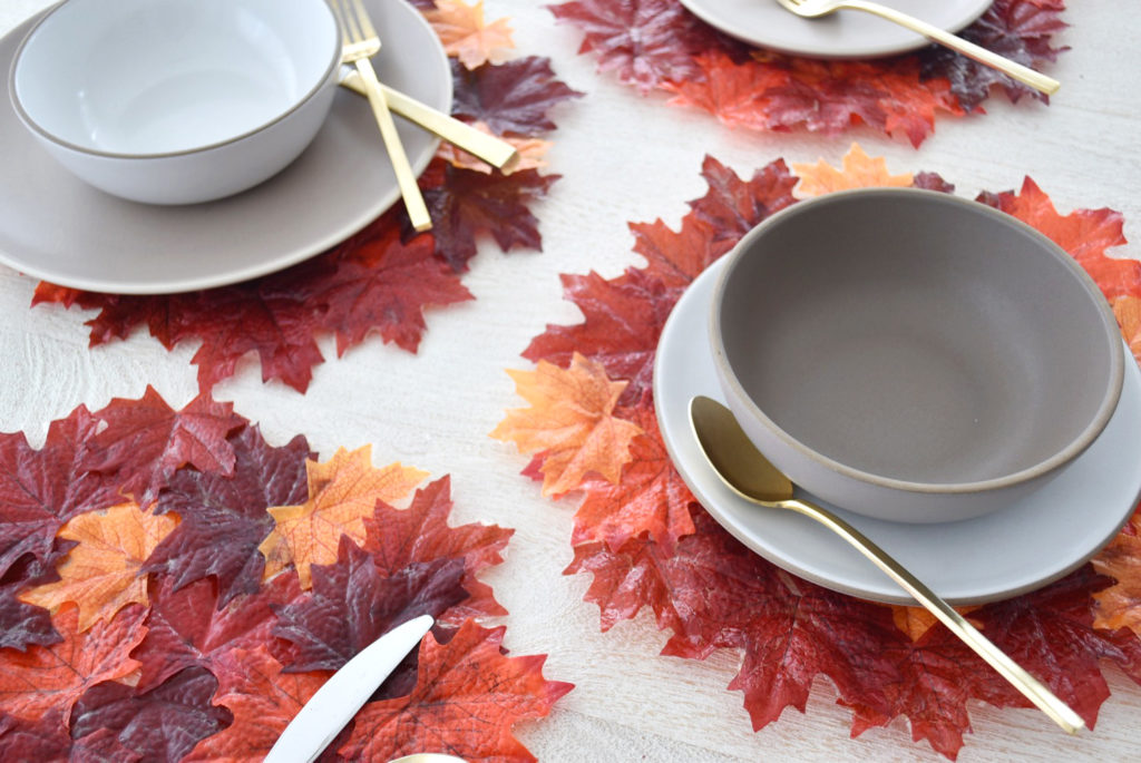1571084281 146 beautiful leaf crafts just in time for autumn - Beautiful Leaf Crafts Just In Time For Autumn