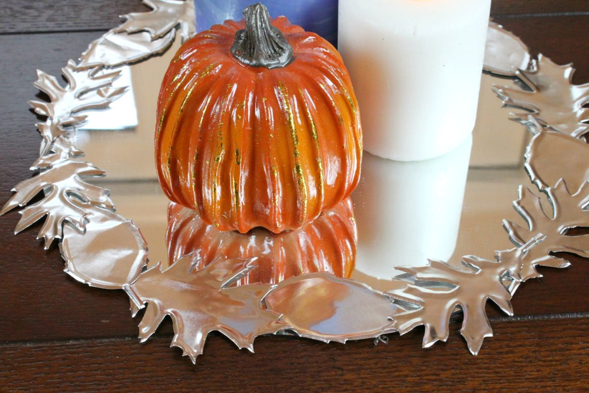 1571084281 359 beautiful leaf crafts just in time for autumn - Beautiful Leaf Crafts Just In Time For Autumn
