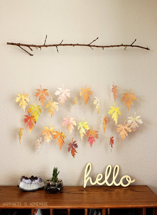 1571084282 89 beautiful leaf crafts just in time for autumn - Beautiful Leaf Crafts Just In Time For Autumn