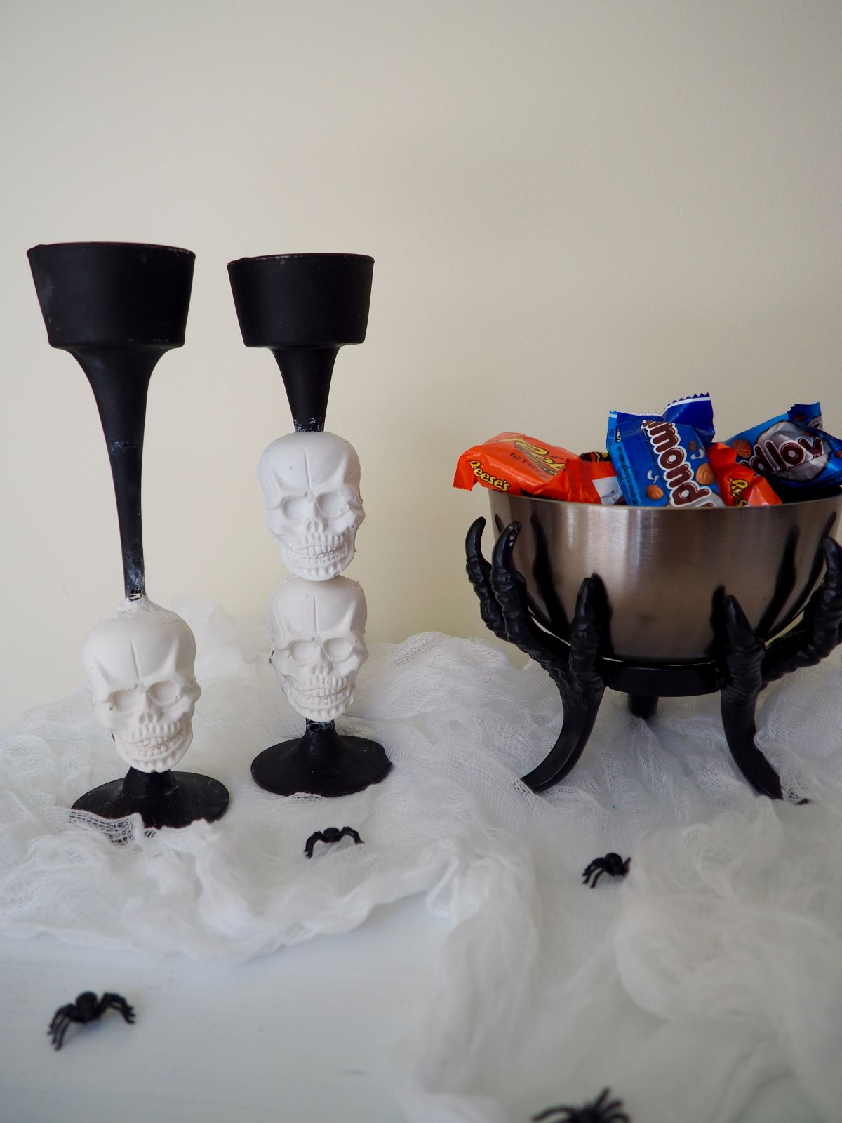 1571127052 212 diy halloween candle projects with spooky designs - DIY Halloween Candle Projects With Spooky Designs