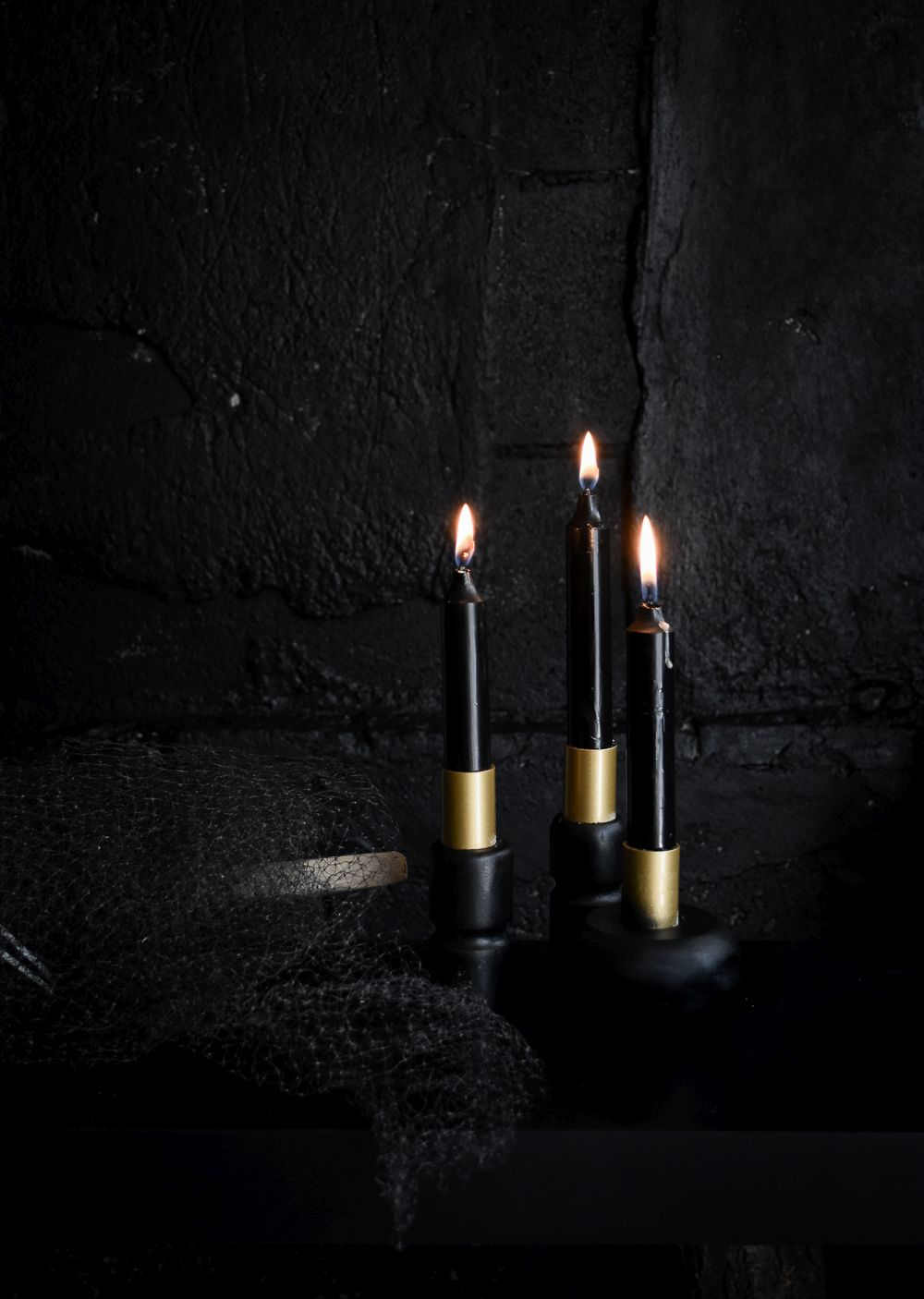 1571127052 575 diy halloween candle projects with spooky designs - DIY Halloween Candle Projects With Spooky Designs
