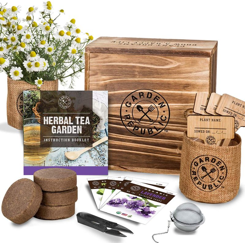 1571323957 108 25 best gardening gifts for someone with a green thumb - 25 Best Gardening Gifts For Someone With A Green Thumb