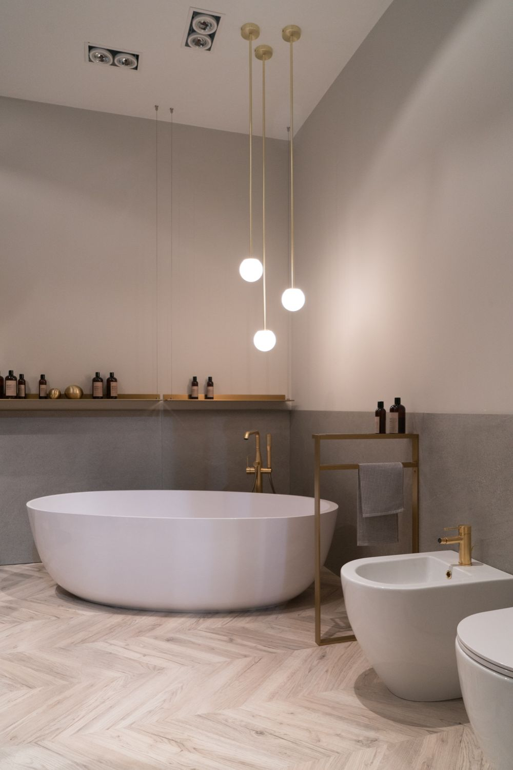 1571999335 796 some beautiful bathroom themes to consider for your next remodel - Some Beautiful Bathroom Themes To Consider For Your Next Remodel