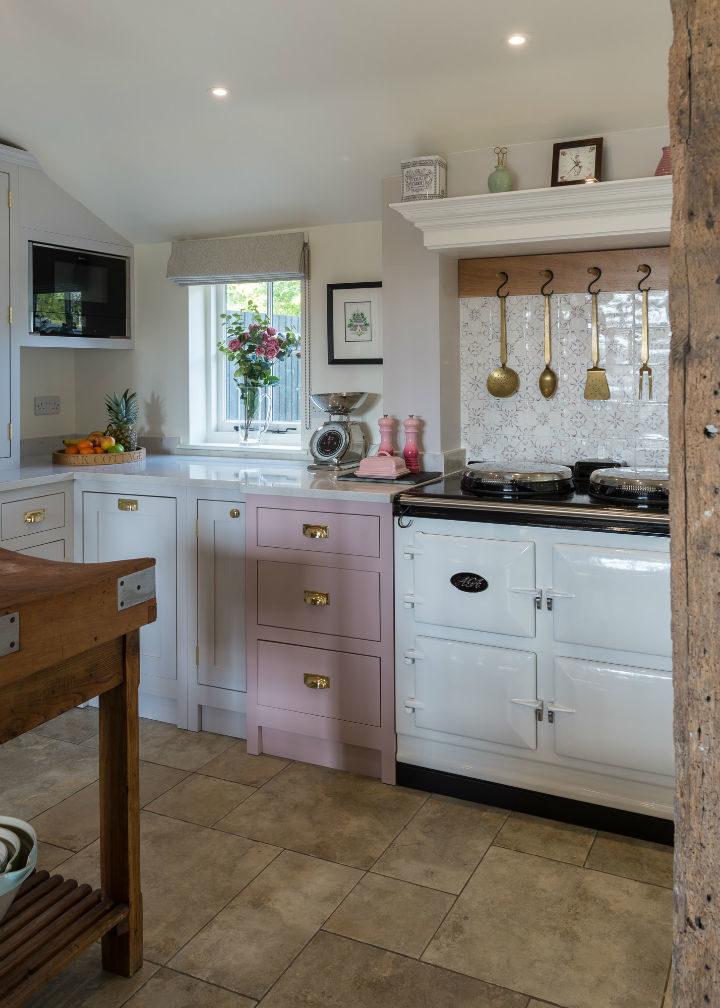 1572165972 95 handmade hardwood framed kitchens at affordable prices - Handmade Hardwood-framed Kitchens At Affordable Prices