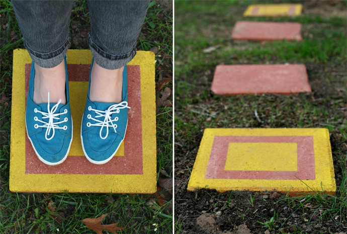 1572258210 843 how to make garden stepping stones with unique and quirky designs - How To Make Garden Stepping Stones With Unique and Quirky Designs